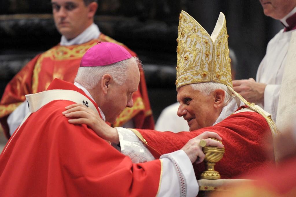 POPE PRESENTS PALLIUM TO U.S. ARCHBISHOP EDWIN F. O'BRIEN