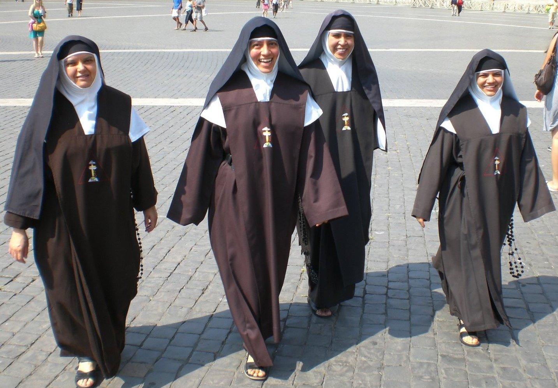 Llamada sorpresa al convento  InfoVaticana